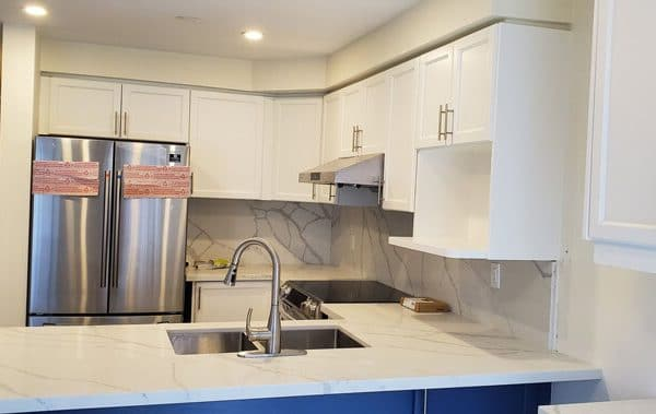 Spray Painting White Kitchen Cabinets Countertop And Backsplash Aurora