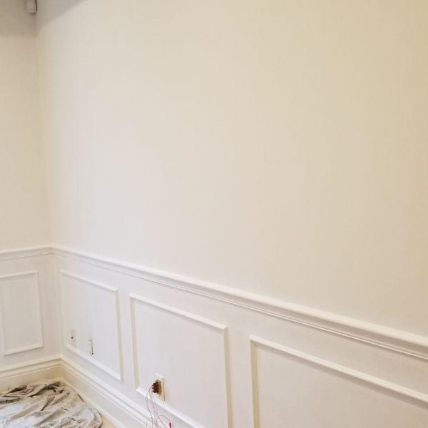 Painting Living Room Wainscoting Toronto Downtown