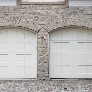 Aluminum garage door painting